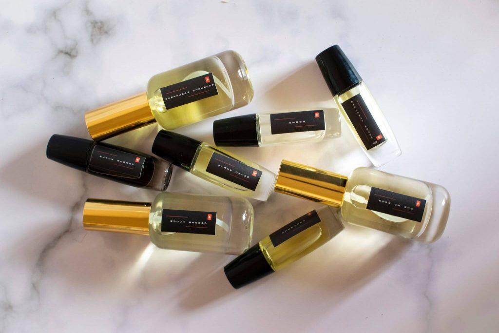 Parfumerine esencija nisiniai kvepalai